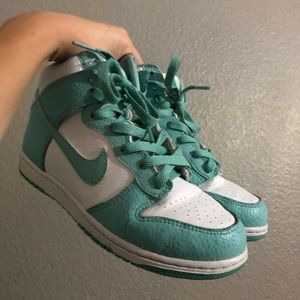 Nike Dunk High Island Green (GS)